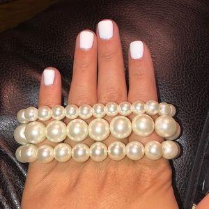Jewelry - Pearl bracelets (3 set)